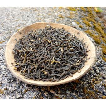 Копчёный красный чай Дянь Хун