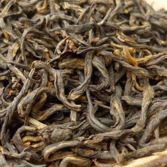 Купить Красный копчёный чай Лао Сун Сяо Чжун «Молодые побеги старой сосны» / Лапсанг Сушонг премиум