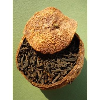 Купить Чёрный шу пуэр в мандарине «Gold Horse 8685» 1шт. весом 25-33гр.