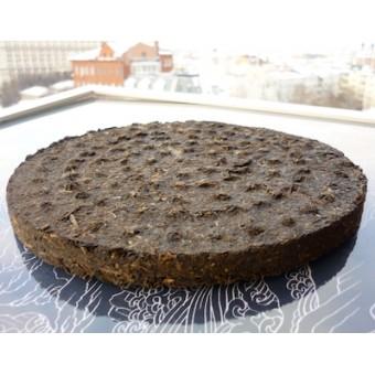 Шен пуэр Сягуань Те Бин T8653 «ЖЕЛЕЗНЫЙ БЛИН / Iron Cake» 357г. 2011 год