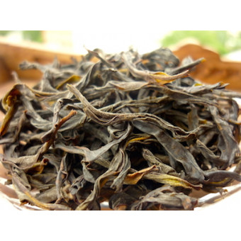 Улунский чай Фэн Хуан Дань Цун «Одиночные кусты с Гор Феникса»