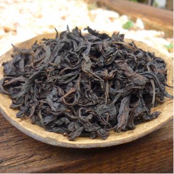 Купить Улунский чай Сяо Хун Пао «Малый красный халат императора»