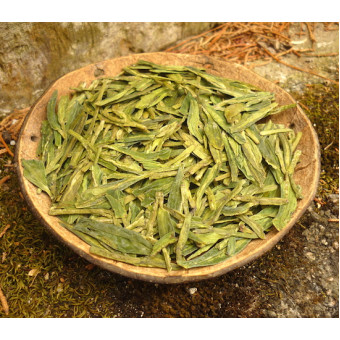 Зеленый чай Си Ху Лунцзин «Колодец Дракона с озера Си Ху»