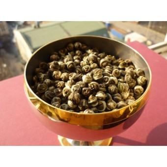 Зелёный жасминовый чай Хуа Лун Чжу «Жемчужина дракона»