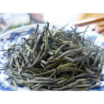 Желтый чай Инь Чжень «Серебряные иглы»