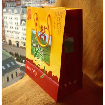 Подарочный пакет «Чайная плантация» среднего размера